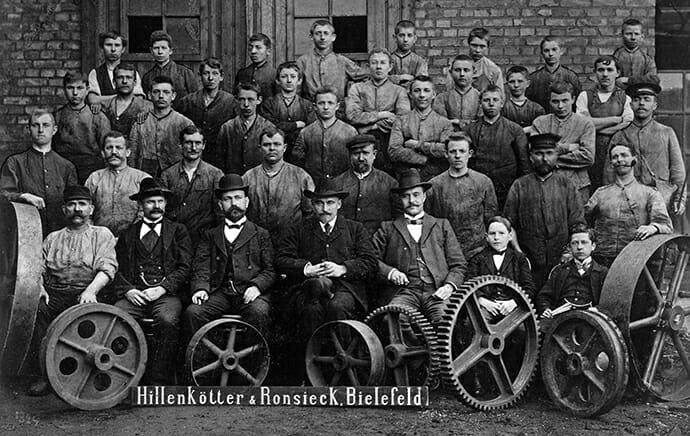 Die Belegschaft von Hillenkötter und Ronsieck um 1903