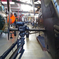 Aufnahmen für den Imagefilm zwischen Hubschraubern im Museum