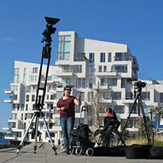 Kamera und Equipment vor dem XYZ