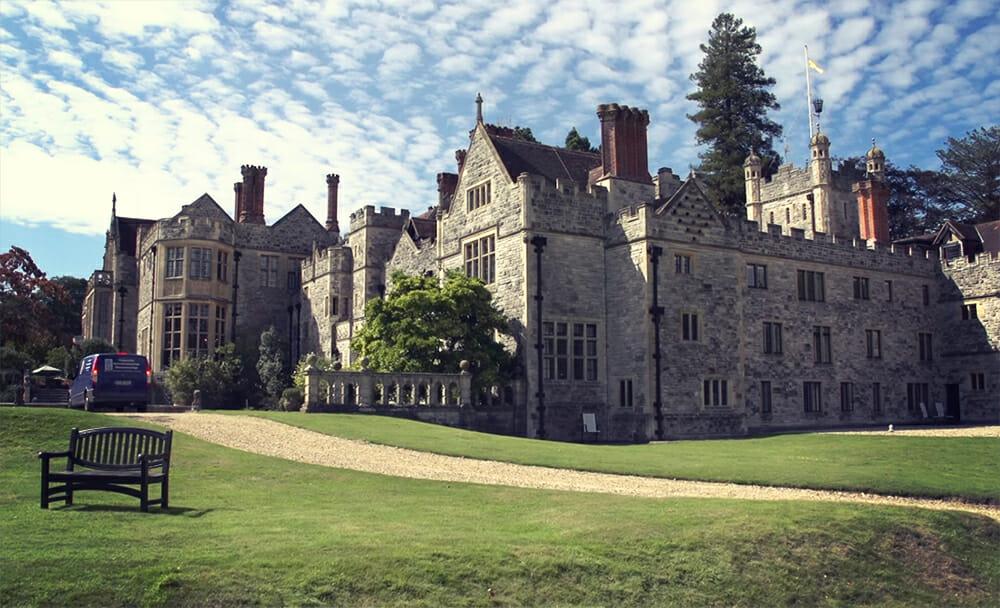 Eine Reise wert: Das Rhinefield House im Süden Englands