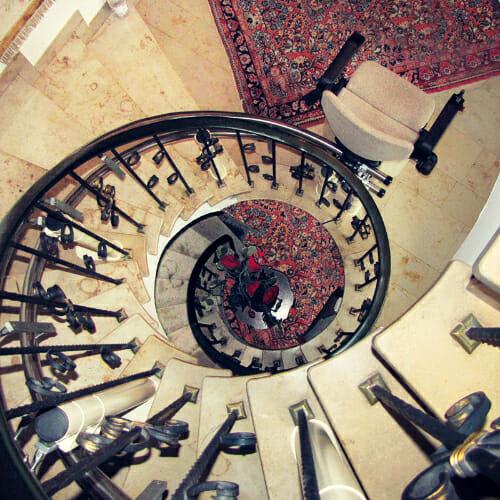 Treppenlift auf Wendeltreppe
